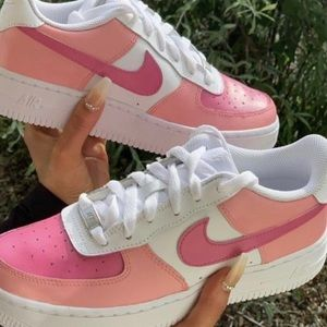 Costum pink air forces